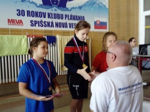 2d762ca360b48 Športové spravodajstvo. PK Záhorák má 9-ročnú trojnásobnú zlatú plavkyňu
